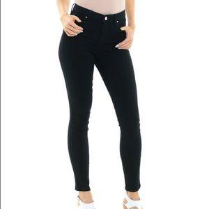 Ellen Tracy Black Mid Rise Skinny Jeans
